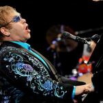 Elton John Will Perform in Russia to Support Gays