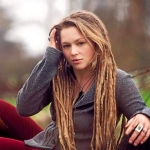 LISTEN: American Idol Contestant Crystal Bowersox's 'Coming Out For Christmas'