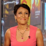 'GMA' Host Robin Roberts Comes Out on Facebook